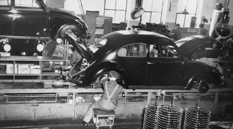 Ford'un Model T seri üretim hattı